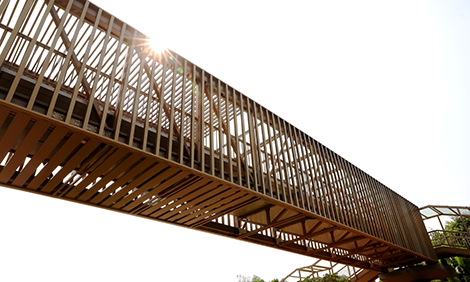 铝合金天桥5大优势完胜传统天桥